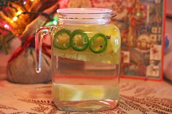 ананас, перец, вода, детокс вода, фруктовая вода,  вода сасси, вода сасси рецепт +для похудения, вода сасси приготовление,