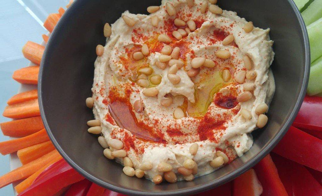 хумус домашнее приготовление,как приготовить хумус, рецепт хумуса +из нута,домашний хумус +из нута, хумус фото,хумус польза,